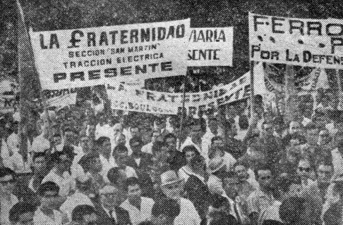 800px-La_Fraternidad_-_huelga_contra_el_Plan_Larkin_en_1961